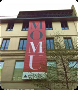 MOMUf